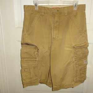 Union Bay Cargo Shorts Beige/Khaki size 33 Baggy